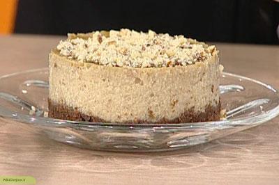 مراحل پخت چیز کیک اسفنجی