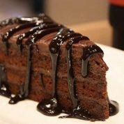 چگونه کیک فاج شکلاتی خانگی ساده درست کنیم ؟؟؟