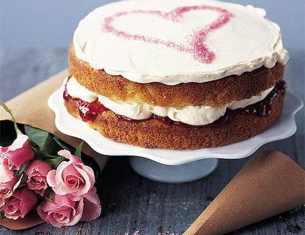چگونه کیک اسفنجی ویکتوریا را درست کنیم ؟؟؟