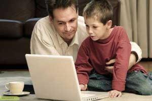 چگونه نوجوان مان را هنگام کار با اینترنت کنترل کنیم؟
