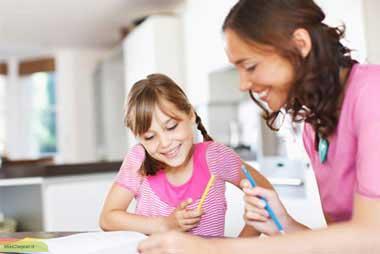 چگونه عزت نفس کودک تان را تقویت کنید؟