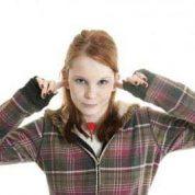 چگونگی رفتار با نوجوان لجباز