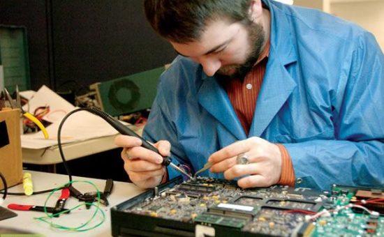 چگونه یک مهندس سخت افزار بشویم ؟