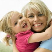 چگونه کودکان شاد تربیت کنیم؟؟