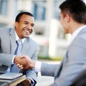 چگونه شغل فروش و بازاریابی را انتخاب کنیم؟