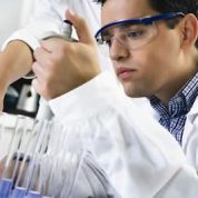 چگونه میکروبیولوژیست را بشناسیم ؟