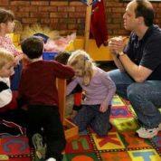 چگونه مربی مهد کودک می شویم ؟