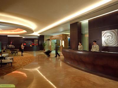 چگونه می توان متصدی پذیرش هتل شد ؟