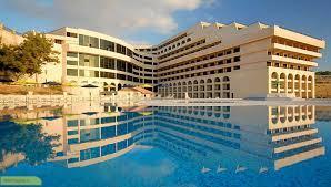 معرفی شغل متصدی پذیرش هتل