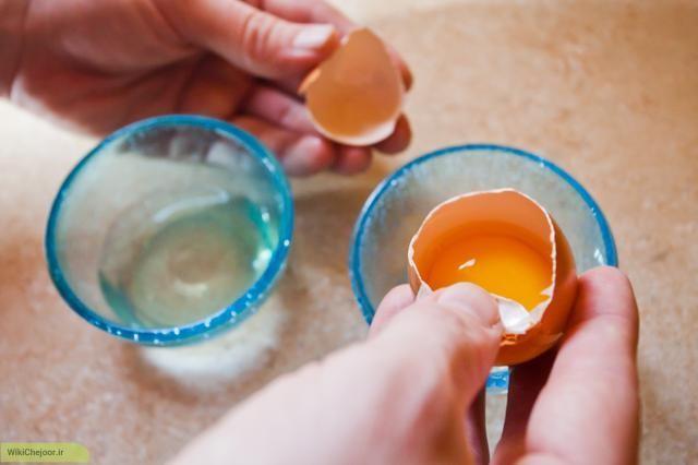 چگونه میتوان با سفیده تخم مرغ برای پوست ماسک درست کرد؟