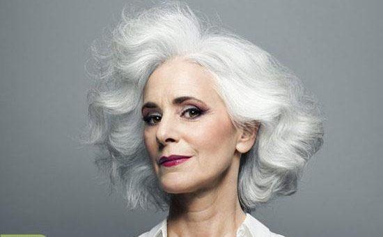 چگونه میتوان از شر موهای سفید خلاص شد؟