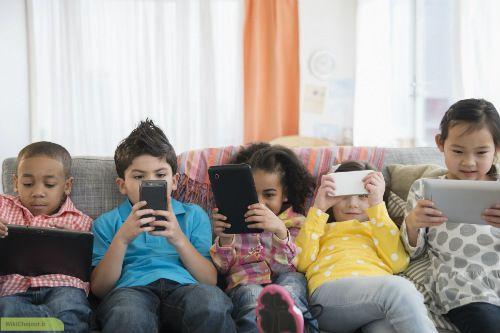 چگونه از کودکان خود در فضای مجازی محافظت کنیم؟