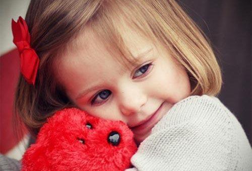 چگونه یک کودک مودب تربیت کنیم ؟
