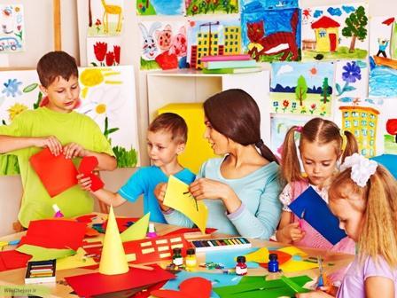 چگونه کودکان خود را بازی درمانی کنیم؟