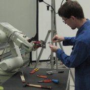 چگونه مهندس رباتیک بشویم ؟