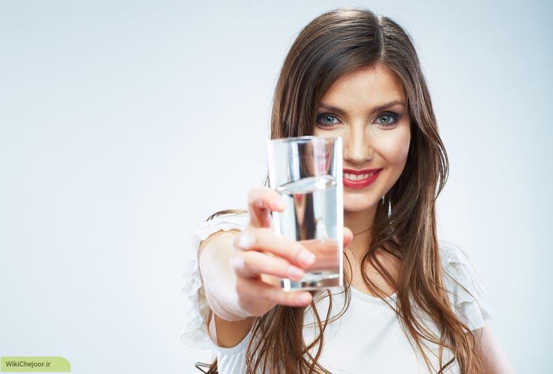 نوشیدن آب در هنگام ماساژ درمانی: