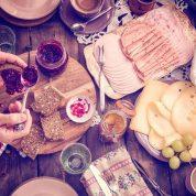 چگونه در حین سفر بطور سالم تغذیه کنیم؟