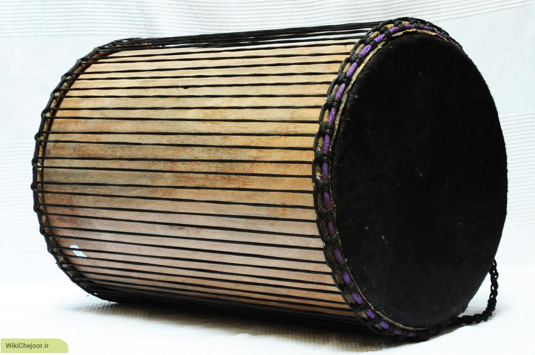 چگونه ساز Dunun نواخته می شود و دارای چه ویژگی هایی می باشد