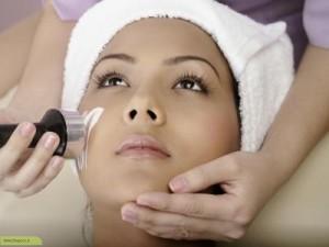 پاکسازی پوست با لیزر: