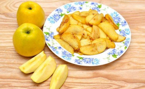 چگونه سیب سرخ شده دارچینی درست کنیم؟