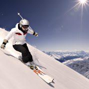 چگونه ورزش اسکی باعث جوانی میشود؟