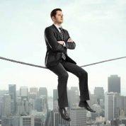 چگونه اعتماد به نفس خود را با ۳ روش افزایش دهیم؟