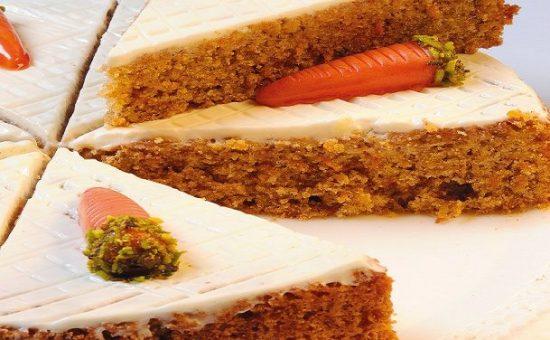 چگونه کیک هویج بادومی با عطر هل درست کنیم ؟؟