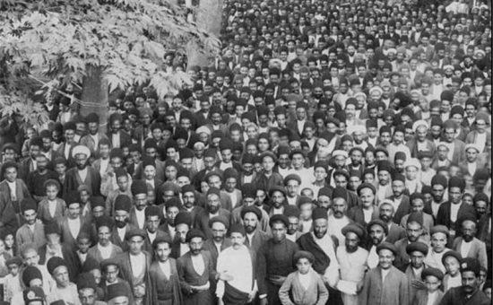 چگونه انقلاب روسیه ایران را متحمل تغییراتی نمود؟