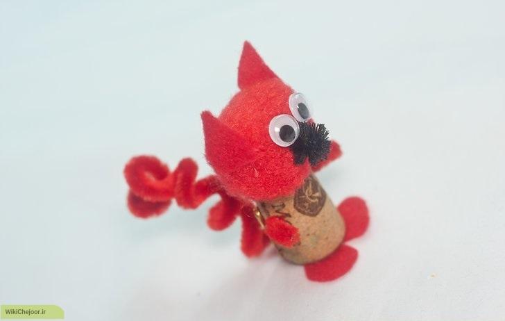 چگونه می توانیم یک سنجاب قرمز درست کنیم؟