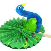 چگونه می توان یک طاووس کاغذی ساخت؟