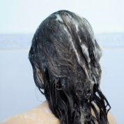 چگونه می توان ماسک نرم کننده ی مو خانگی درست کرد؟