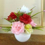 چگونه گل رز شاخه ای زیبا با گلبرگ لمسی درست کنیم؟