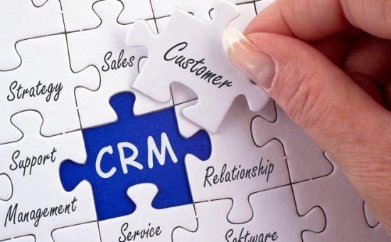 چگونه در صنعت بیمه از CRM استفاده کنیم؟