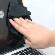 چگونه صفحه نمایش های مدرن را پاک کنیم؟