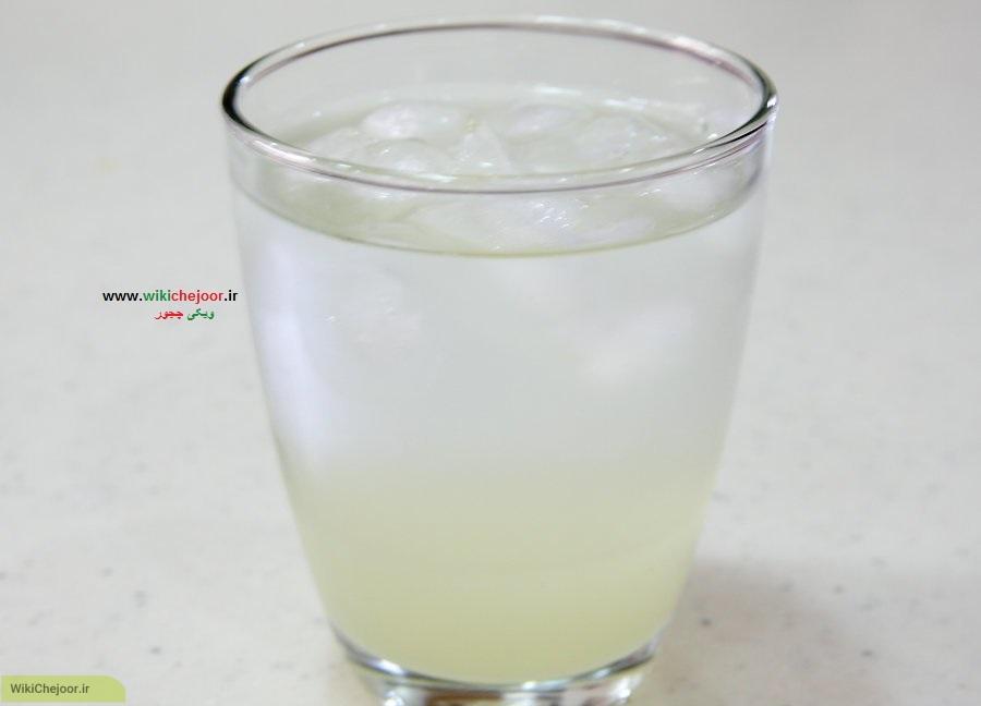طرز درست کردن لیموناد با یک لیموترش(روش اول)