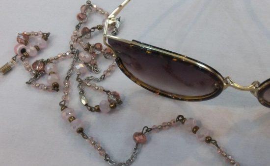 چگونه بند عینک دلخواه خود را بسازیم؟
