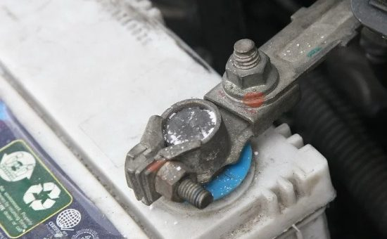 رسوب گیره باتری
