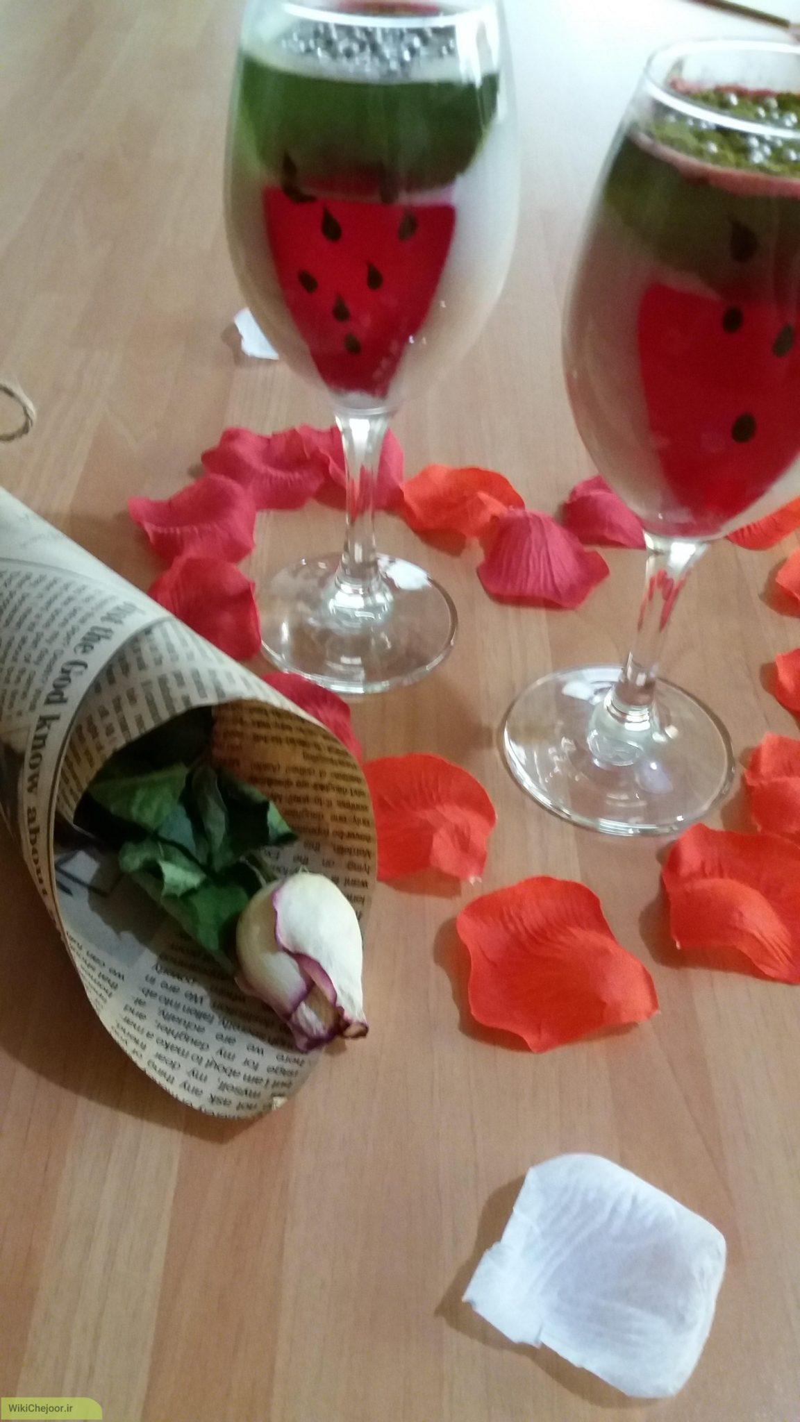چگونه دسر ژله هندوانه ای خوشمزه برا شب یلدا درست کنیم؟