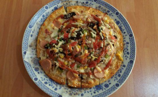 چگونه پیتزا خوشمزه خانگی درست کنیم؟
