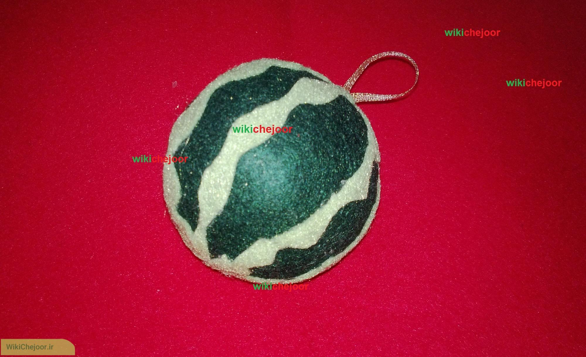مرحله نهایی درست کردن هندوانه نمدی قاچ شده