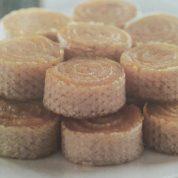 چگونه حلوا در نان میکادو درست کنیم ؟