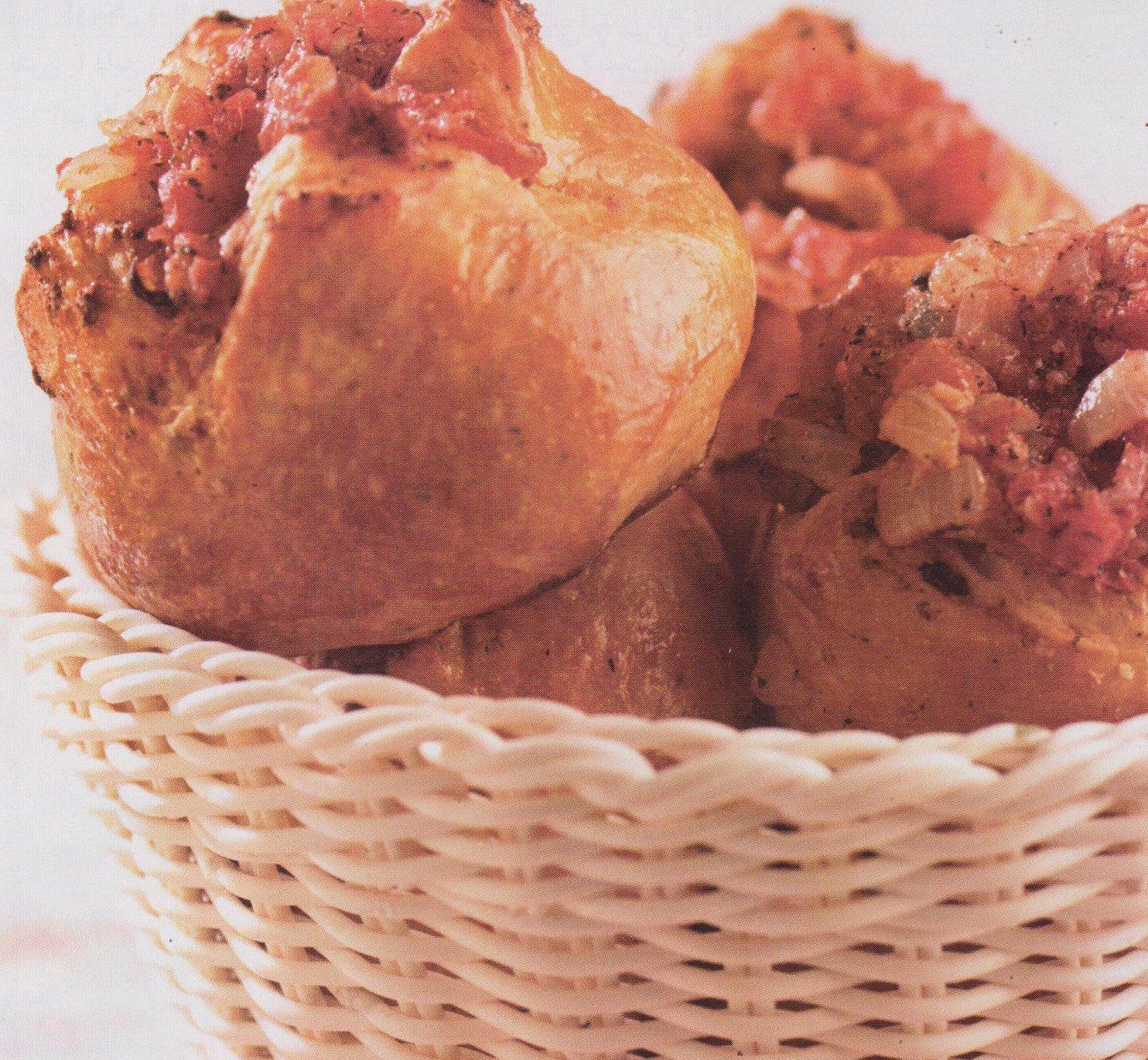 چگونه نان گوجه و پیاز درست کنیم؟