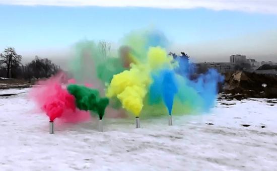 چگونه یک بمب دودی رنگی درست کنیم؟