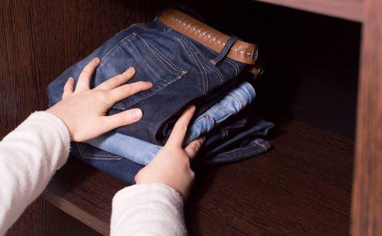 تمیز کردن کمد | چگونه یک کمد لباس را تمیز کنیم؟